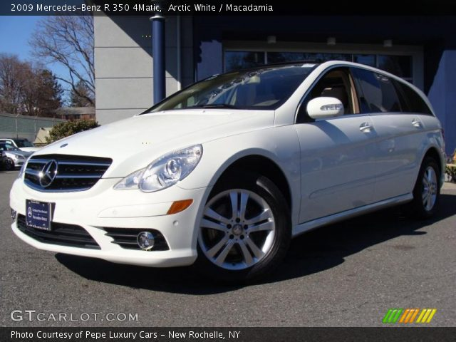 2009 Mercedes-Benz R 350 4Matic in Arctic White