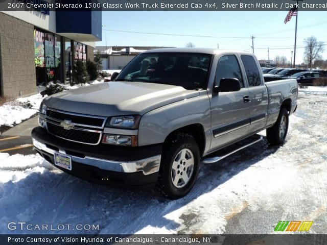 2007 Chevrolet Silverado 1500 Classic Work Truck Extended Cab 4x4 in Silver Birch Metallic
