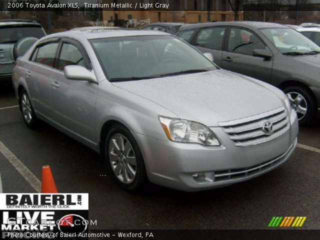 titanium metallic 2006 toyota avalon xls light gray. Black Bedroom Furniture Sets. Home Design Ideas