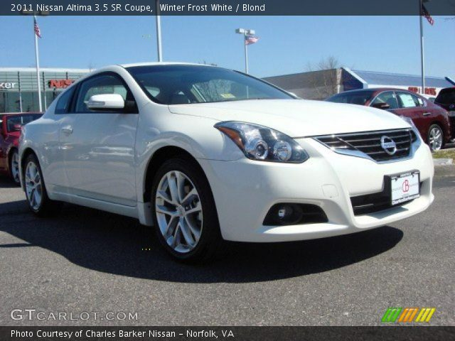 winter frost white 2011 nissan altima 3 5 sr coupe blond interior vehicle. Black Bedroom Furniture Sets. Home Design Ideas