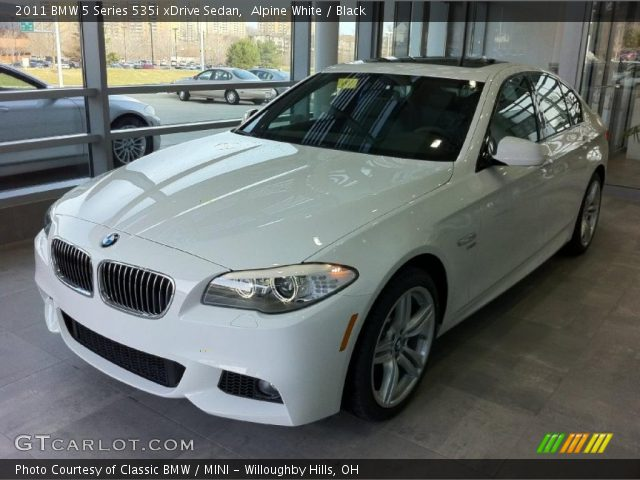 alpine white 2011 bmw 5 series 535i xdrive sedan black interior vehicle. Black Bedroom Furniture Sets. Home Design Ideas