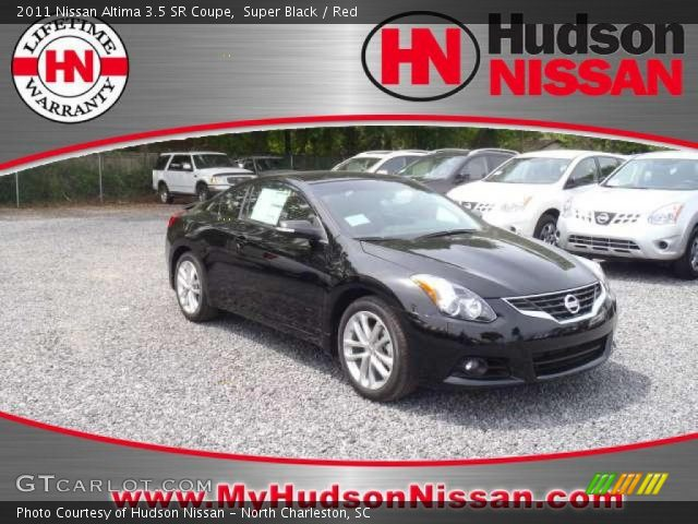 super black 2011 nissan altima 3 5 sr coupe red. Black Bedroom Furniture Sets. Home Design Ideas
