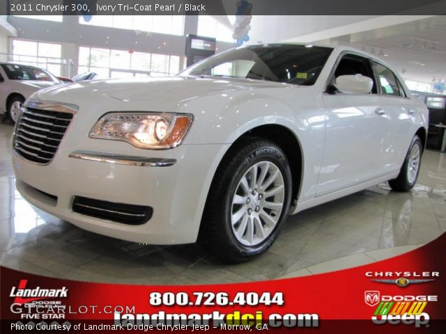 2011 Chrysler 300  in Ivory Tri-Coat Pearl