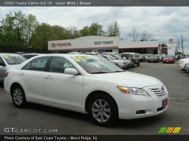 super white 2009 toyota camry xle v6 bisque interior vehicle archive 48663393. Black Bedroom Furniture Sets. Home Design Ideas