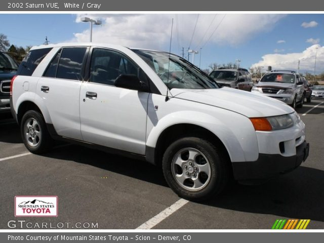 white 2002 saturn vue gray interior vehicle archive 48731532. Black Bedroom Furniture Sets. Home Design Ideas