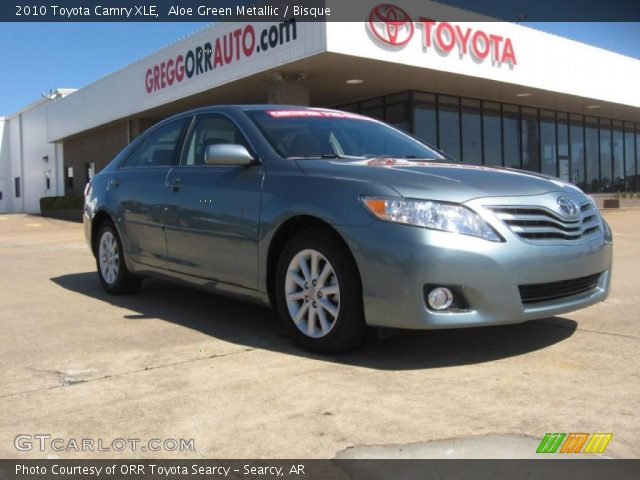 aloe green metallic 2010 toyota camry xle bisque. Black Bedroom Furniture Sets. Home Design Ideas
