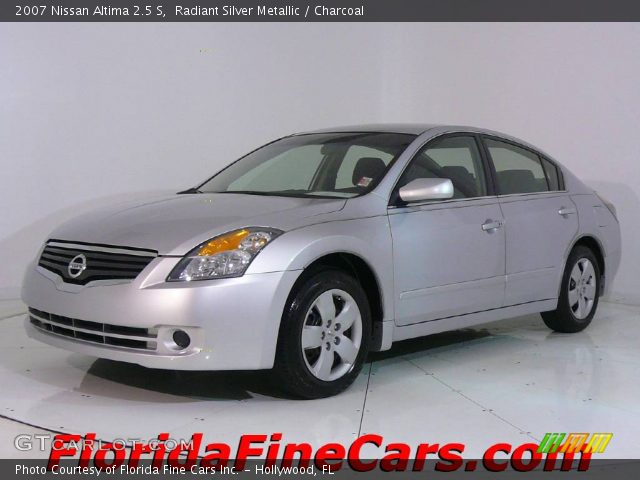 radiant silver metallic 2007 nissan altima 2 5 s charcoal interior vehicle. Black Bedroom Furniture Sets. Home Design Ideas