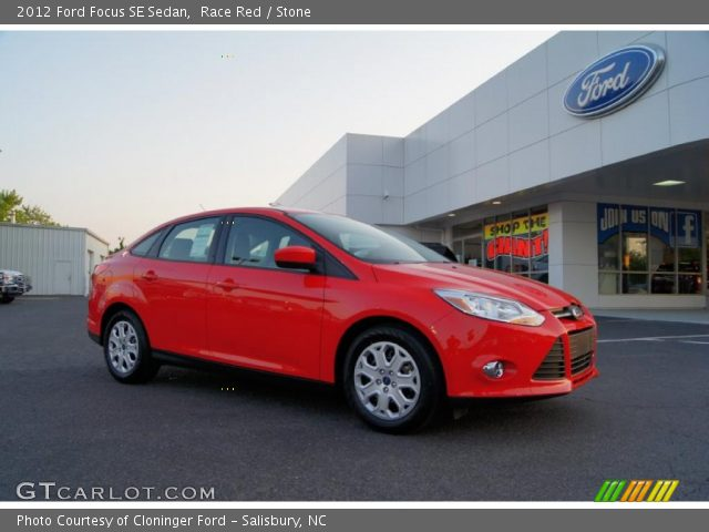 race red 2012 ford focus se sedan stone interior vehicle archive 49135745. Black Bedroom Furniture Sets. Home Design Ideas