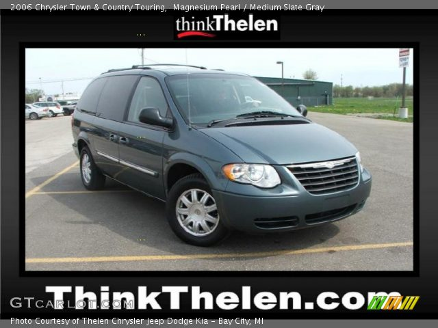 2006 Chrysler Town & Country Touring in Magnesium Pearl