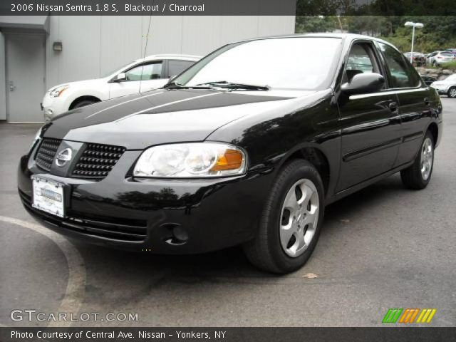 blackout 2006 nissan sentra 1 8 s charcoal interior vehicle archive 4927175. Black Bedroom Furniture Sets. Home Design Ideas
