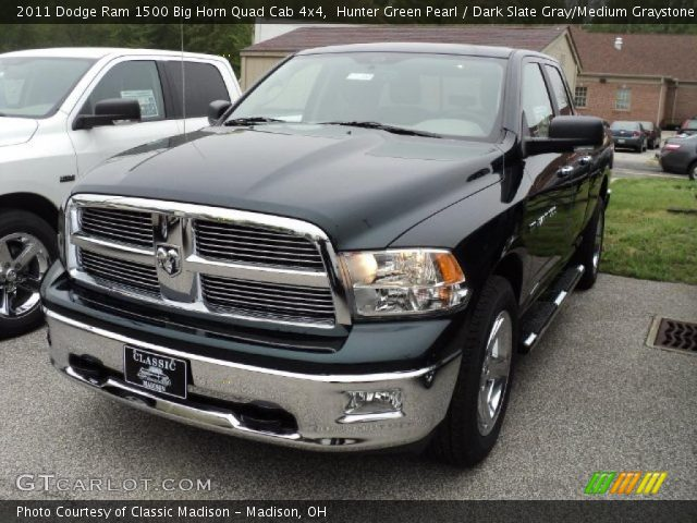 hunter green pearl 2011 dodge ram 1500 big horn quad cab 4x4 dark slate gray medium. Black Bedroom Furniture Sets. Home Design Ideas