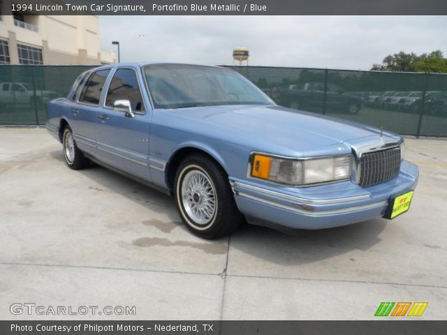 portofino blue metallic 1994 lincoln town car signature blue interior. Black Bedroom Furniture Sets. Home Design Ideas