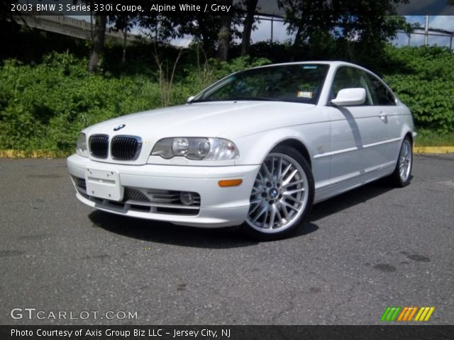 2003 BMW 3 Series 330i Coupe in Alpine White