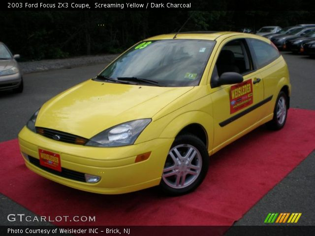 screaming yellow 2003 ford focus zx3 coupe dark. Black Bedroom Furniture Sets. Home Design Ideas
