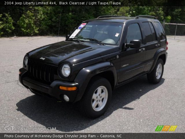 black clearcoat 2004 jeep liberty limited 4x4 light