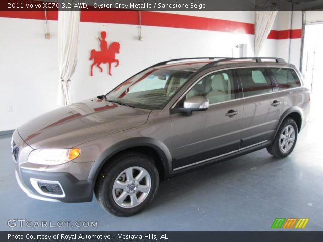 2011 Volvo XC70 3.2 AWD in Oyster Grey Metallic