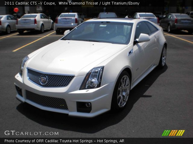 2011 Cadillac CTS -V Coupe in White Diamond Tricoat