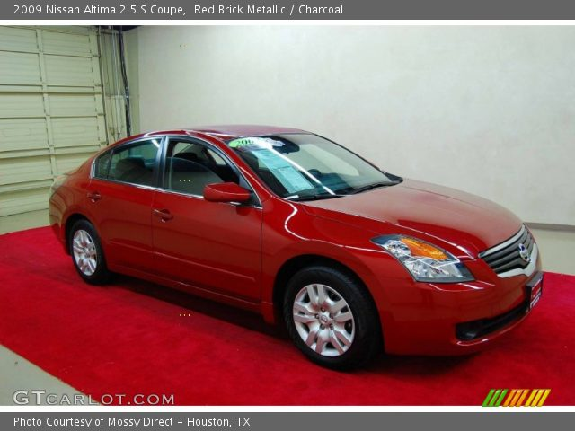 red brick metallic 2009 nissan altima 2 5 s coupe charcoal interior vehicle. Black Bedroom Furniture Sets. Home Design Ideas