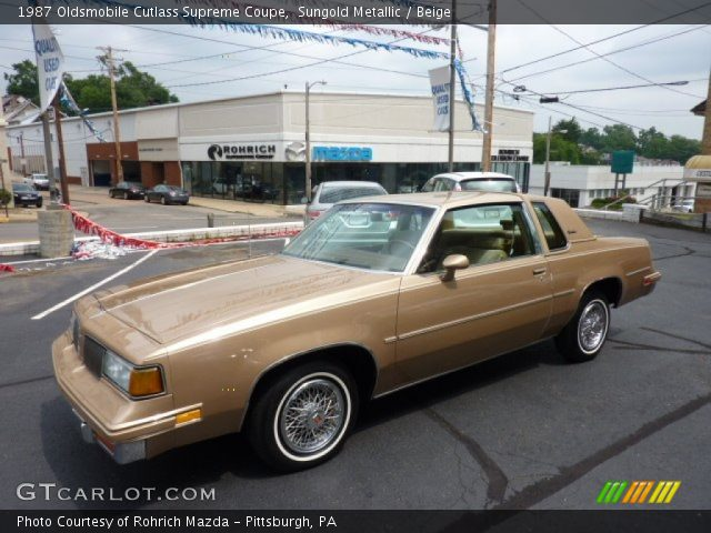 1987 Oldsmobile Cutlass Supreme Coupe in Sungold Metallic