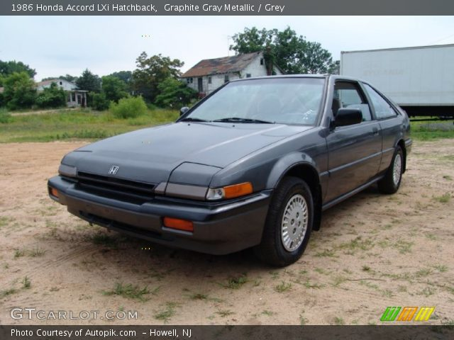 1986 Honda Accord LXi Hatchback in Graphite Gray Metallic