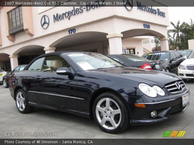 Capri blue metallic 2007 mercedes benz clk 550 cabriolet for 2007 mercedes benz clk550