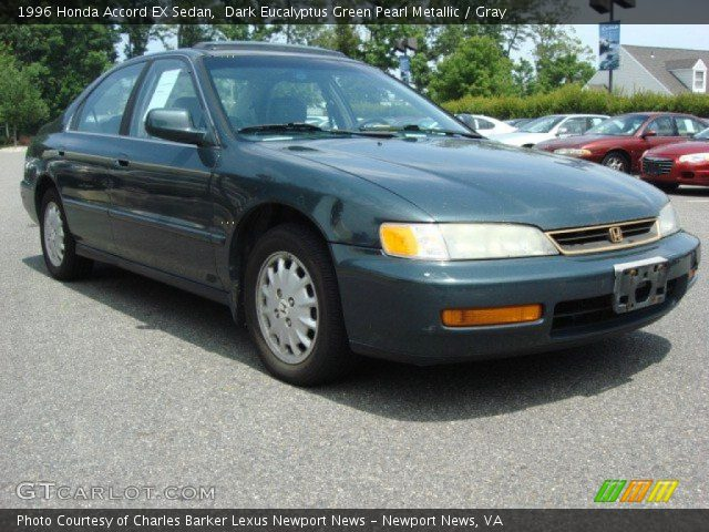 1996 Honda Accord EX Sedan in Dark Eucalyptus Green Pearl Metallic