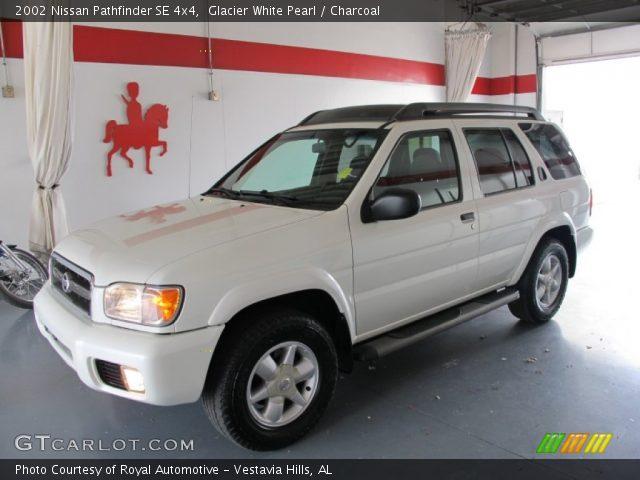 Glacier White Pearl 2002 Nissan Pathfinder Se 4x4 Charcoal Interior Vehicle