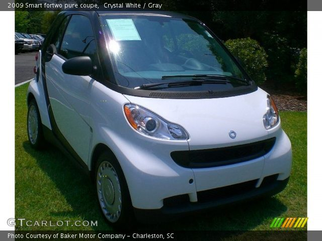 crystal white 2009 smart fortwo pure coupe gray interior vehicle archive. Black Bedroom Furniture Sets. Home Design Ideas