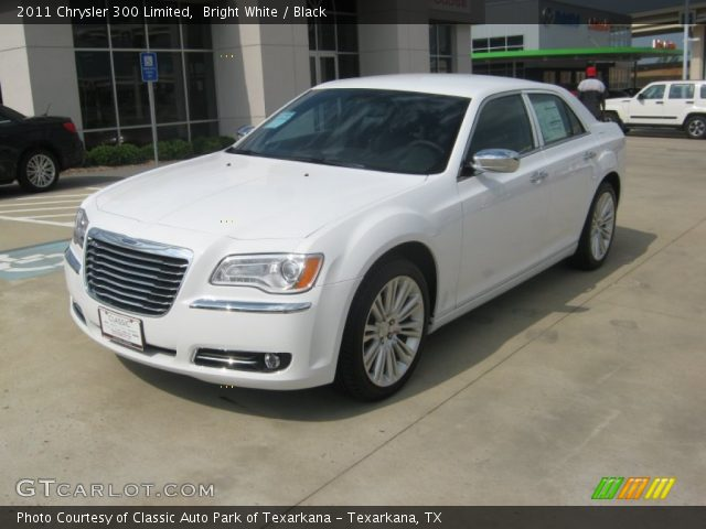 2011 Chrysler 300 Limited in Bright White