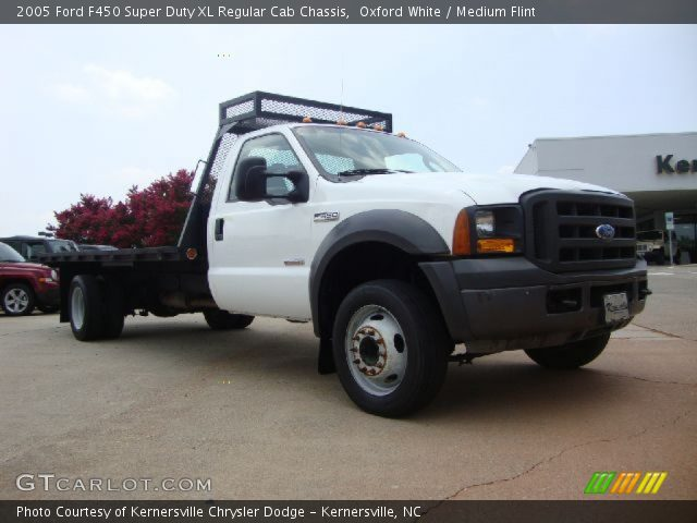 Oxford White - 2005 Ford F450 Super Duty Xl Regular Cab Chassis