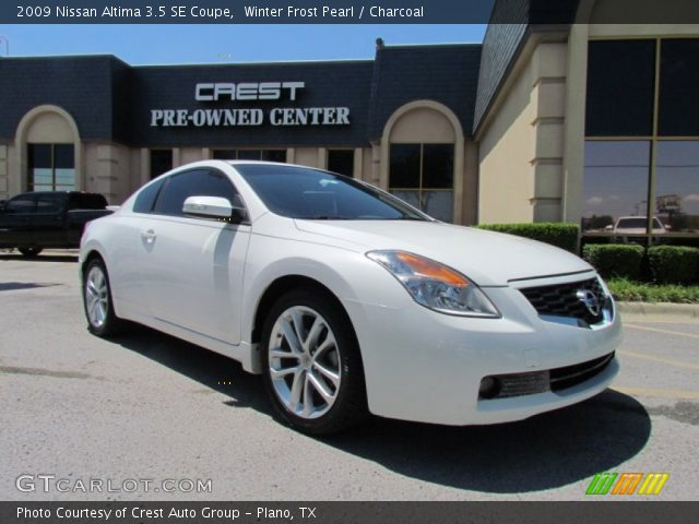winter frost pearl 2009 nissan altima 3 5 se coupe charcoal interior. Black Bedroom Furniture Sets. Home Design Ideas