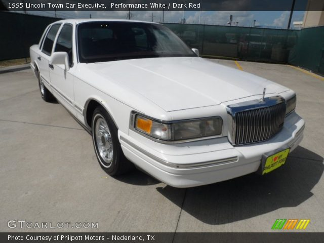 performance white 1995 lincoln town car executive dark red interior vehicle. Black Bedroom Furniture Sets. Home Design Ideas