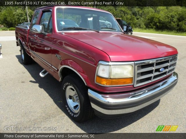 electric currant red pearl 1995 ford f150 xlt extended cab gray interior. Black Bedroom Furniture Sets. Home Design Ideas