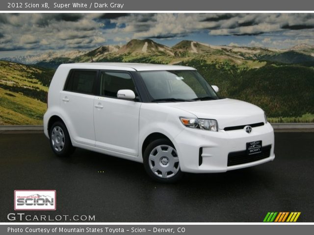 2012 Scion xB  in Super White