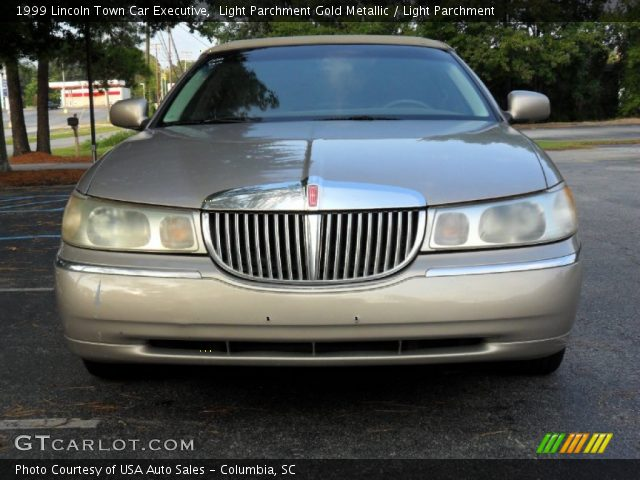 light parchment gold metallic 1999 lincoln town car executive light parchment interior. Black Bedroom Furniture Sets. Home Design Ideas