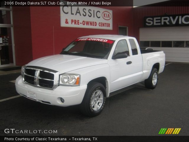 bright white 2006 dodge dakota slt club cab khaki beige interior vehicle. Black Bedroom Furniture Sets. Home Design Ideas