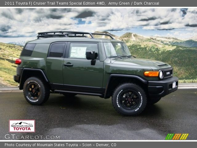 2011 Toyota FJ Cruiser Trail Teams Special Edition 4WD in Army Green