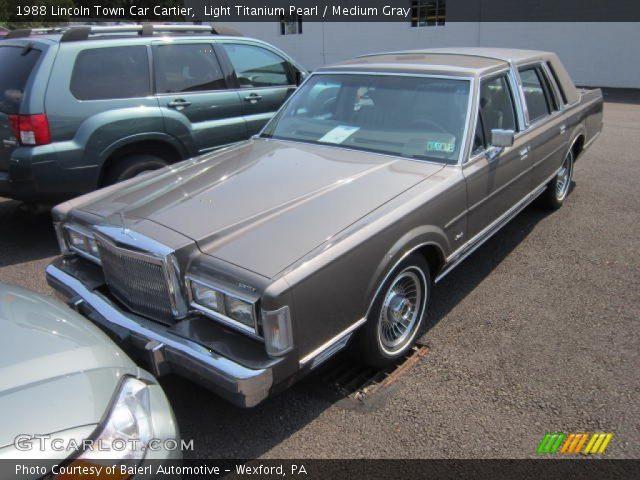 light titanium pearl 1988 lincoln town car cartier medium gray interior. Black Bedroom Furniture Sets. Home Design Ideas