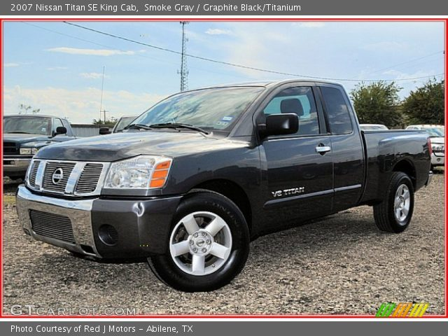 smoke gray 2007 nissan titan se king cab graphite black titanium interior. Black Bedroom Furniture Sets. Home Design Ideas