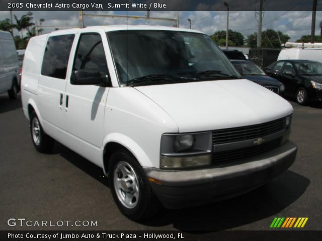 summit white 2005 chevrolet astro cargo van blue interior vehicle archive. Black Bedroom Furniture Sets. Home Design Ideas