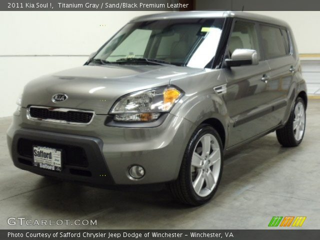 titanium gray 2011 kia soul sand black premium leather interior vehicle. Black Bedroom Furniture Sets. Home Design Ideas