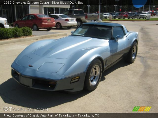 1982 Chevrolet Corvette Coupe in Silver Blue