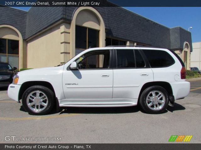 summit white 2007 gmc envoy denali light gray interior. Black Bedroom Furniture Sets. Home Design Ideas