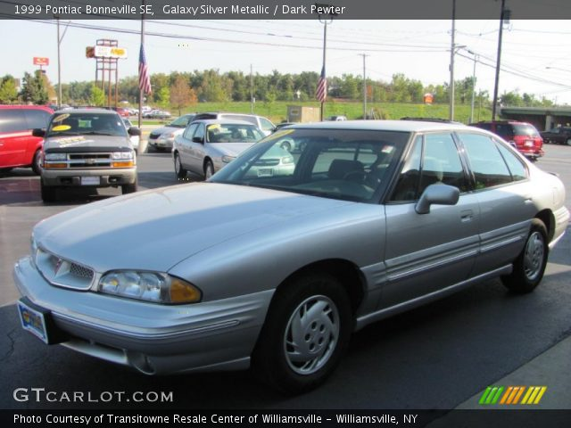 1999 Pontiac Bonneville SE in Galaxy Silver Metallic