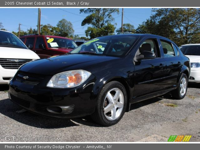 black 2005 chevrolet cobalt ls sedan gray interior. Black Bedroom Furniture Sets. Home Design Ideas