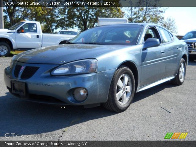 2006 Pontiac Grand Prix Sedan in Stealth Gray Metallic