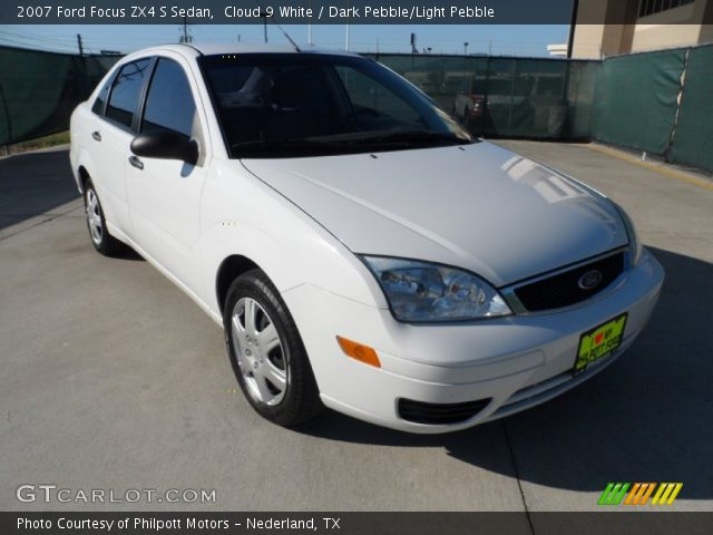 cloud 9 white 2007 ford focus zx4 s sedan dark pebble. Black Bedroom Furniture Sets. Home Design Ideas
