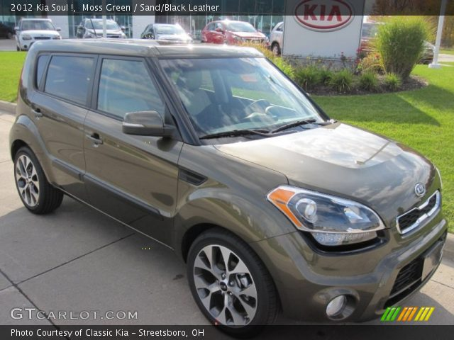 2012 Kia Soul ! in Moss Green