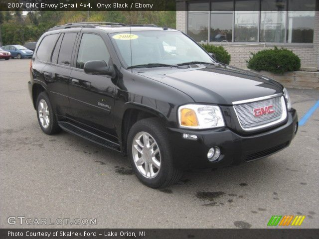 onyx black 2007 gmc envoy denali 4x4 ebony interior. Black Bedroom Furniture Sets. Home Design Ideas