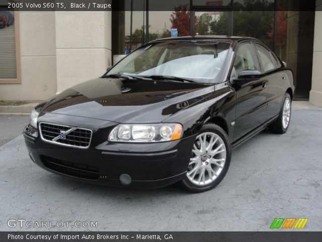 2005 Volvo S60 T5 in Black